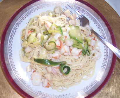Angel hair pasta with spicy seafood